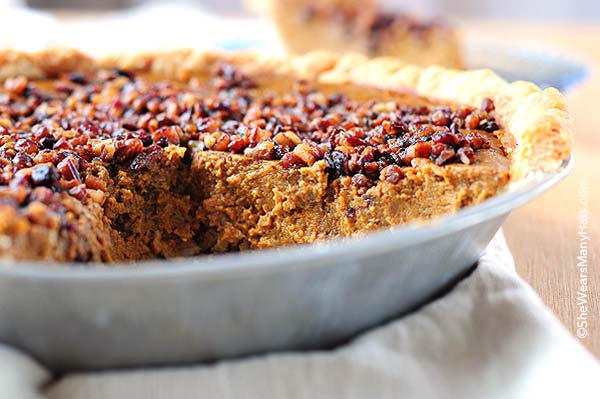 Pumpkin Pie Recipe with Pecan Praline Topping | shewearmanyhats.com