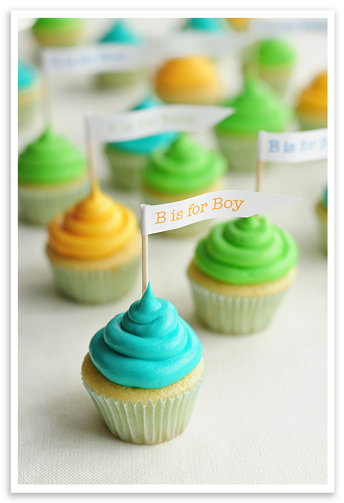 Baby shower cupcakes for Baby shower cupcake decoration