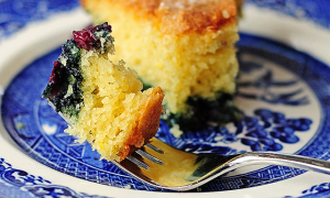 blueberry-lemon-buttermilk-cake-slider
