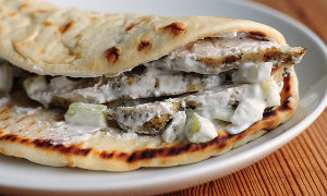 chicken-souvlaki-slider