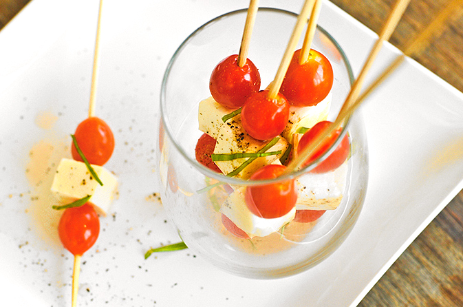 caprese-salad-skewer-featuredb