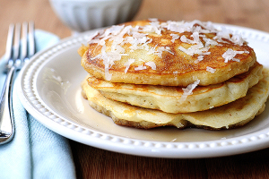 coconut-pancakes-featuredb