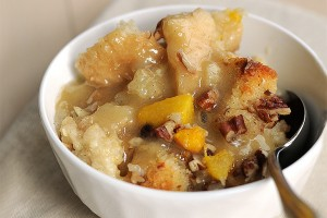peachy-bread-pudding-featuredb