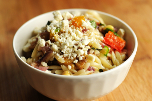 roasted-vegetable-orzo-salad-featuredb