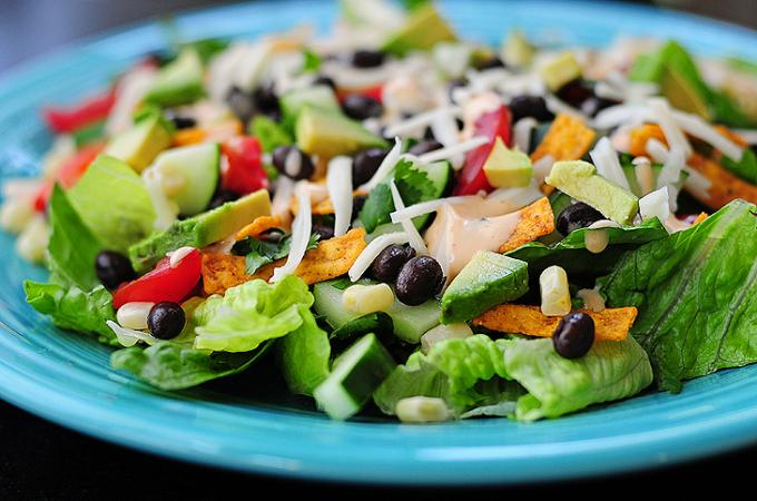 southwestern-salad-featuredb