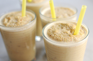 pistachio-smoothie-featuredb