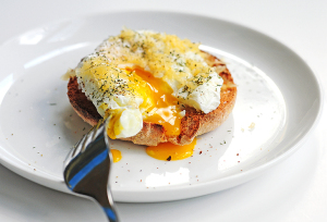 poached-eggs-gouda-6