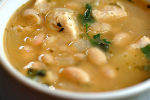 white-bean-chicken-chili-featured