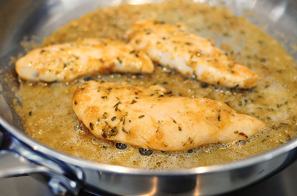 garlicky-chicken-tenders-honey-mustard-sauce-4