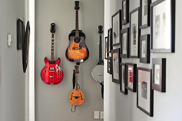 guitar-wall-3