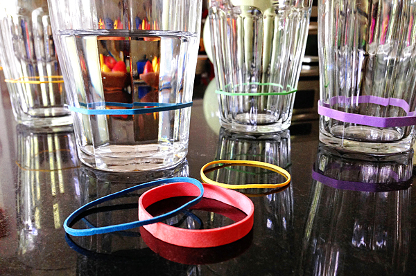 rubberbands-glasses-8b