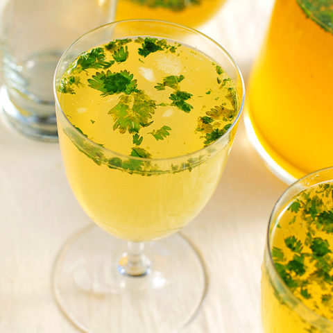 Almond Ale Lemon Spritzers