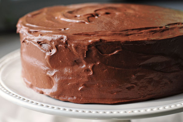 How To Make Chocolate Frosting For Cakes From Scratch