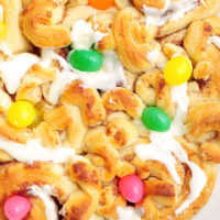 Easy Easter Pillsbury Cinnamon Rolls Recipe