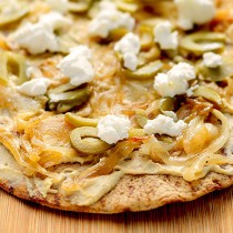 Hummus Olive Goat Cheese Flatbread Recipe