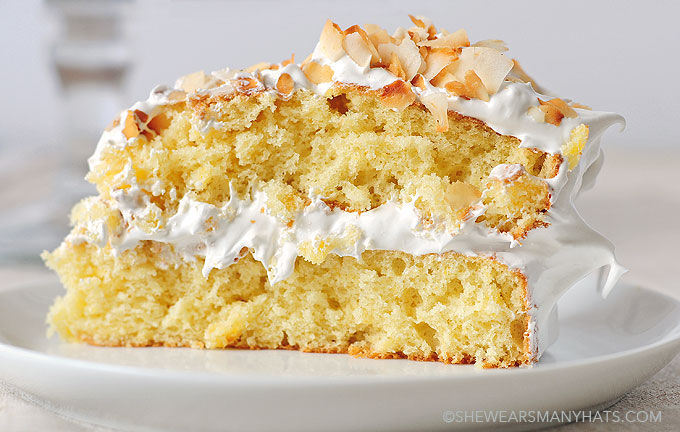 Vanilla And Coconut Cake