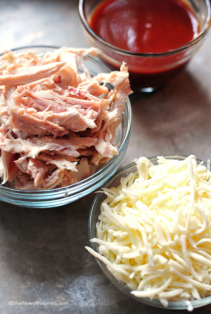 BBQ Chicken Pizza ingredients shewearsmanyhats.com