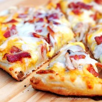 Homemade Bird Dog Pizza Recipe | shewearsmanyhats.com