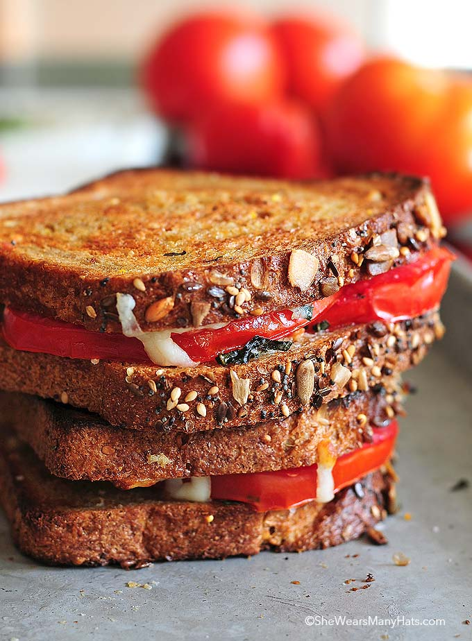 Tomato Mozzarella Sandwich Recipe
