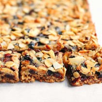 Almond Cherry Oatmeal Bars