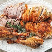 Mayonnaise Roasted Turkey Recipe | shewearsmanyhats.com