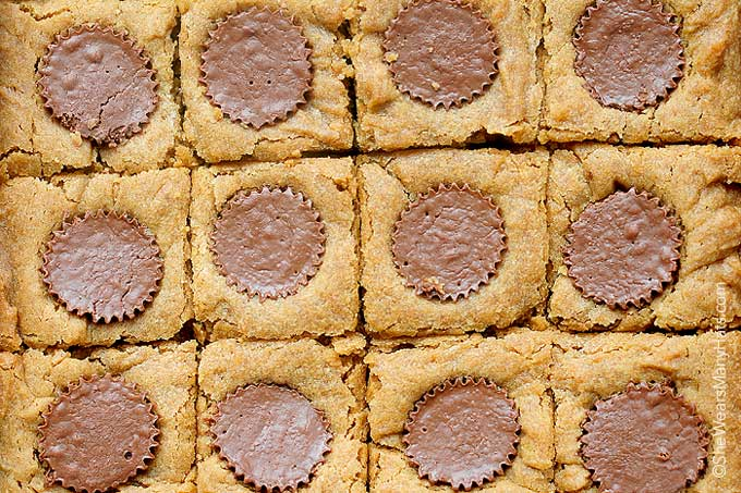 peanut butter cup blondie recipe