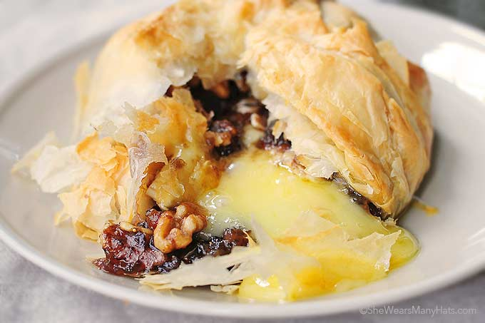 Phyllo Baked Brie with Figs and Walnuts Recipe | She Wears ...