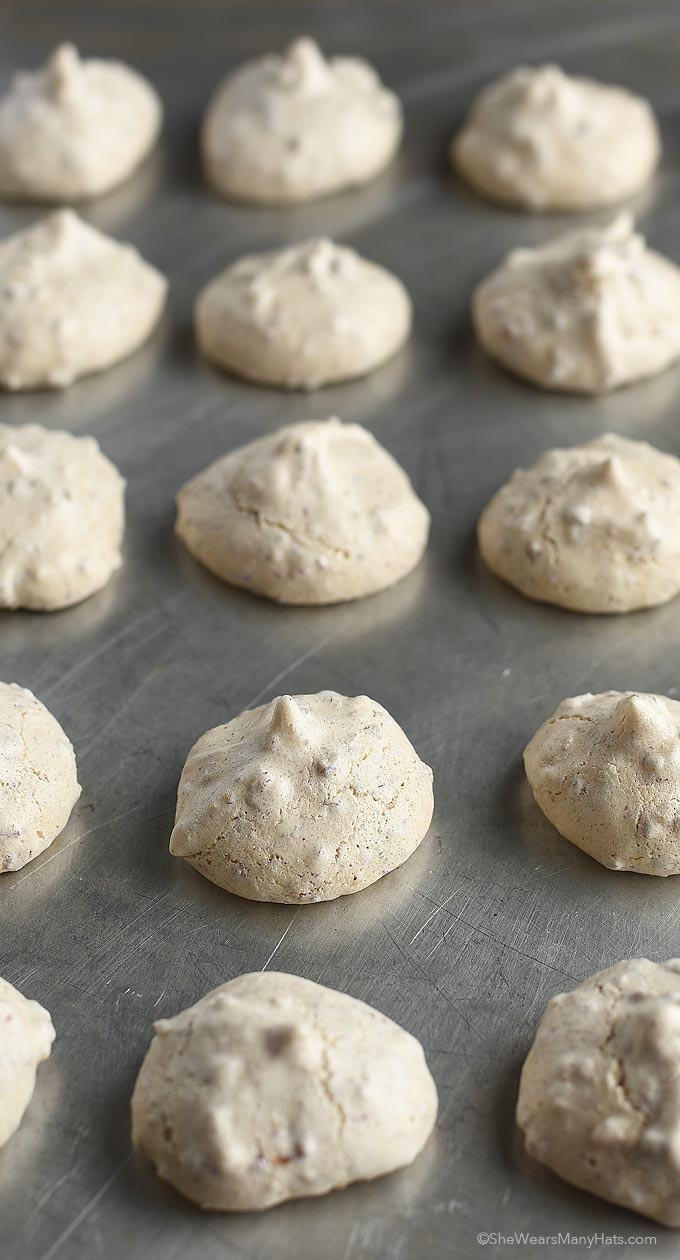 These crispy Pecan Meringue Cookies are sweet bites with a crunchy ...