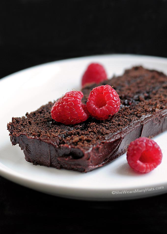 Dark Chocolate Cake With Raspberry Cream Filling