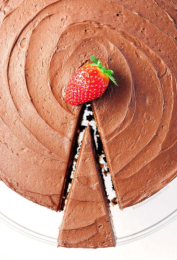 Dark Chocolate Covered Strawberry Cake Recipe