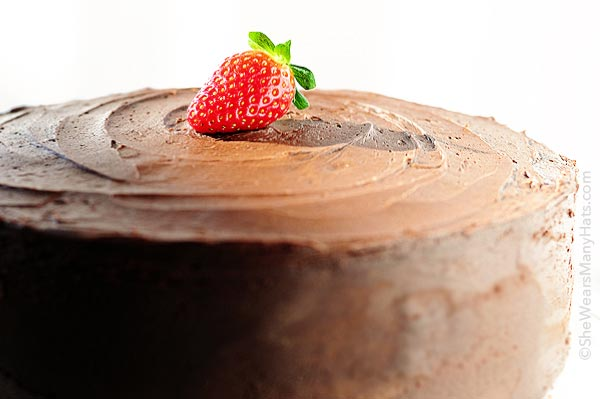 Dark Chocolate Covered Strawberry Cake Recipe | shewearsmanyhats.com