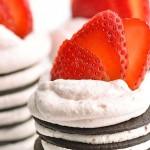 Mini Chocolate Strawberry No Bake Desserts