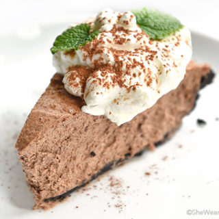 Irish Cream Chocolate Pie | shewearsmanyhats.com