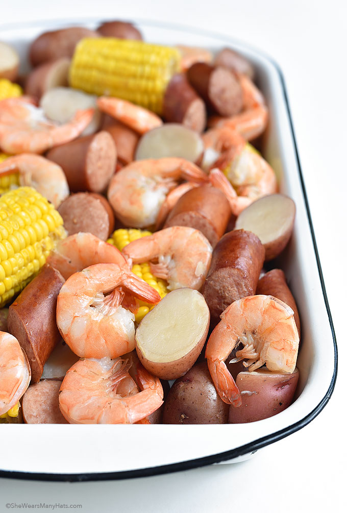 Low Country Boil Recipe SheWearsManyHats.com