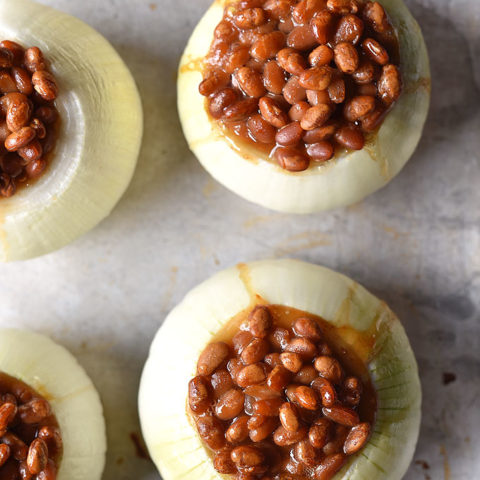 Baked Beans in Onion Bowls Recipe
