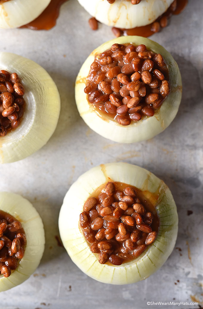 Baked Beans in Onion Bowls shewearsmanyhats.com