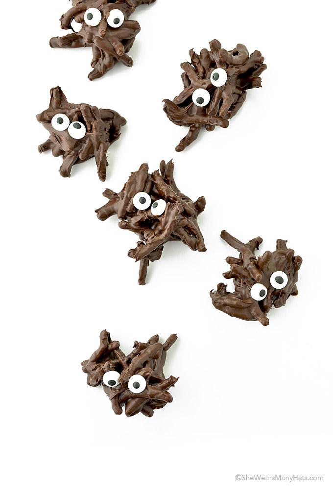 easy halloween chocolate spiders - Halloween Chocolate Spiders