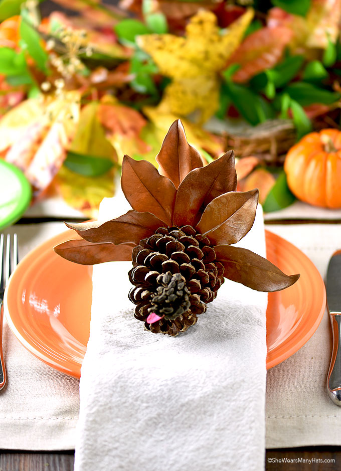 Easy Thanksgiving Pine Cone Turkey Craft