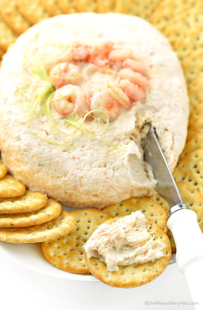 This Easy Shrimp Spread Recipe is perfect for parties and can be prepared ahead of time. | shewearsmanyhats.com
