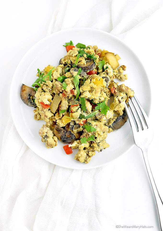 Loaded Scrambled Eggs | shewearsmanyhats.com