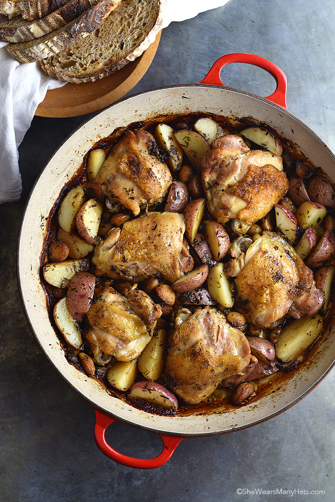 Chicken with 40 Cloves of Garlic and Potatoes Recipe | shewearsmanyhats.com