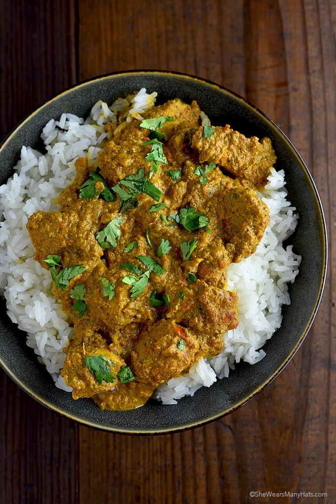 Easy Butter Chicken Recipe | shewearsmanyhats.com
