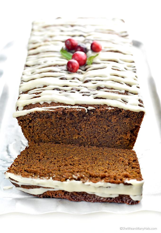 Easy Apple Gingerbread Cake Recipe