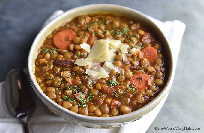 Bacon Lentil Soup Recipe | shewearsmanyhats.com