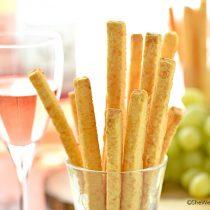 Spicy Southern Cheese Straws Recipe | shewearsmanyhats.com