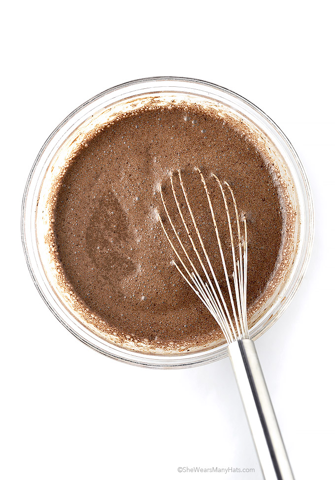 Chocolate Chia Pudding Recipe | shewearsmanyhats.com