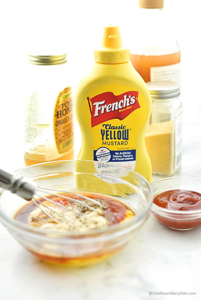 Carolina Style BBQ Dipping Sauce Recipe | shewearsmanyhats.com